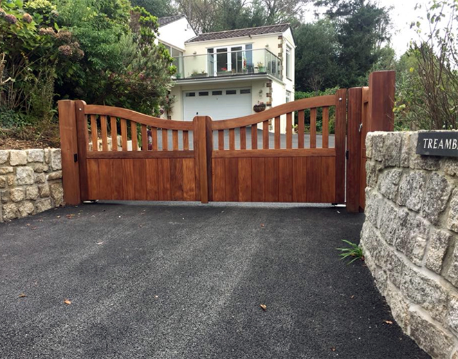 Custom electric wooden gates